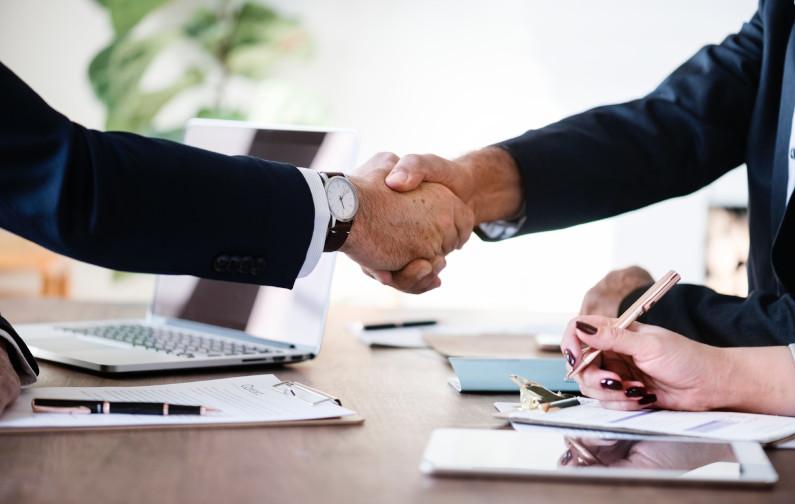 Vertriebler bleiben auch im Zeitalter der Digitalisierung wichtige Ansprechpartner im B2B-Geschäft